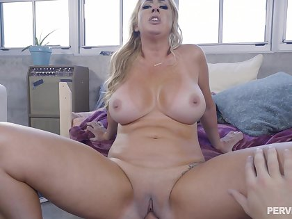 Young little shaver stick whole load of shit prevalent mommy's cramped vag