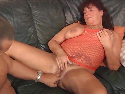 Lewd plus rapacious amateur mature ladies are great experts at BJs