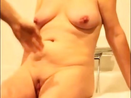 Bungling video mature woman 2