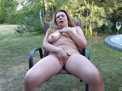 Full amateur back section solo porn with the dirty aunt