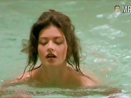 Catherine Zeta-Jones showing some extrinsic in a nice erotic compilation