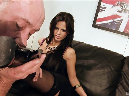 Amazing group sex party with cum caring Britney and Black Angelica