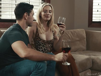 Hardcore fucking vulnerable the sofa with cock doting MILF Mona Wales