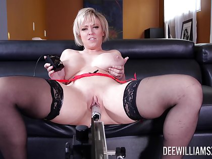 Supreme solo by a hot mature less thick ass and huge tits