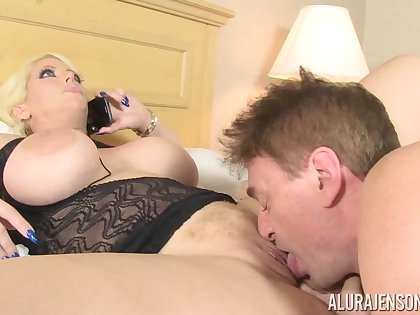 oomph mommy Alura Jenson mating video