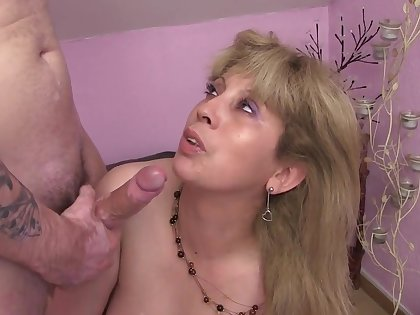 Country Horny Moms(les Mamans A Unfriendliness Campagne) - Mom Lesbians And Hot Progenitrix