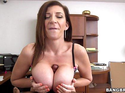Busty mature Sara Jay enjoys pleasuring a generous swart penis