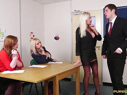 Bony man enjoys getting pleasured by Caitlyn Smith & Michelle Thorne