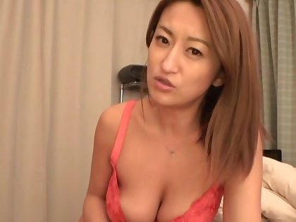 Lucky man gets his dig up pleasured by lovable Japanese Fukiishi Rena